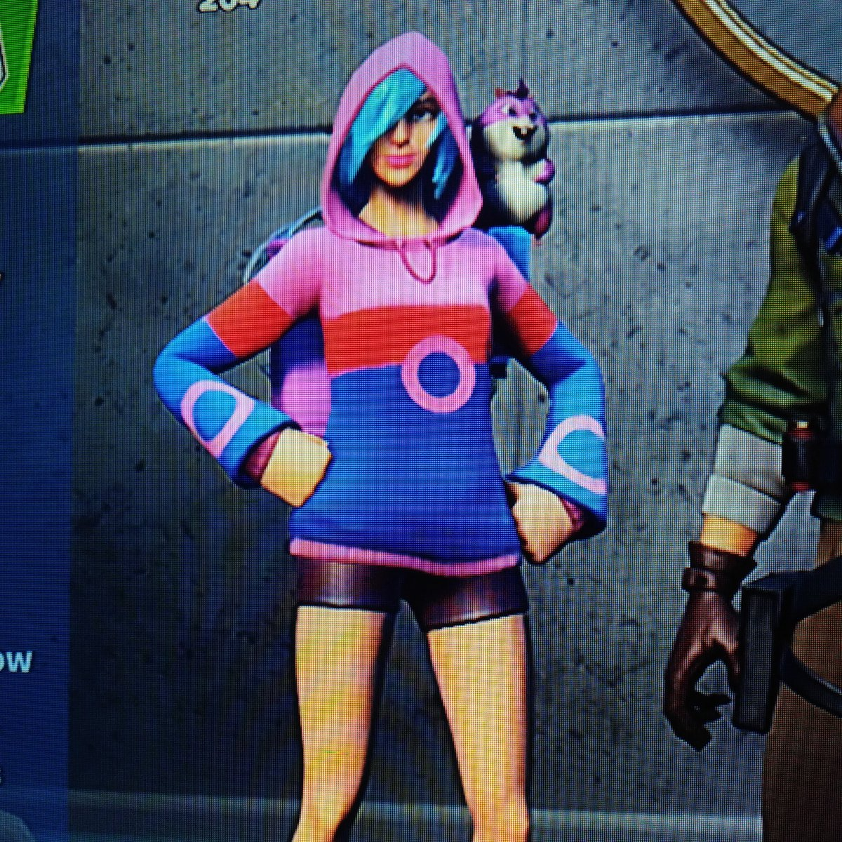 Definitely a #Phish #Fortnite skin.... https://t.co/ZnSie1tNCZ