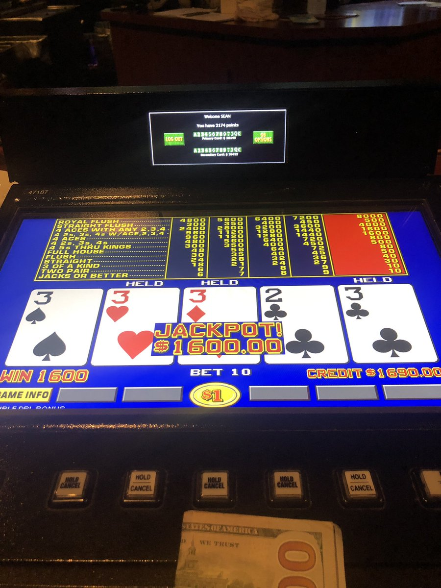 Out of work but getting paid.  #LFG #VEGAS #VideoPoker #gambool https://t.co/jTaOc7y9jh