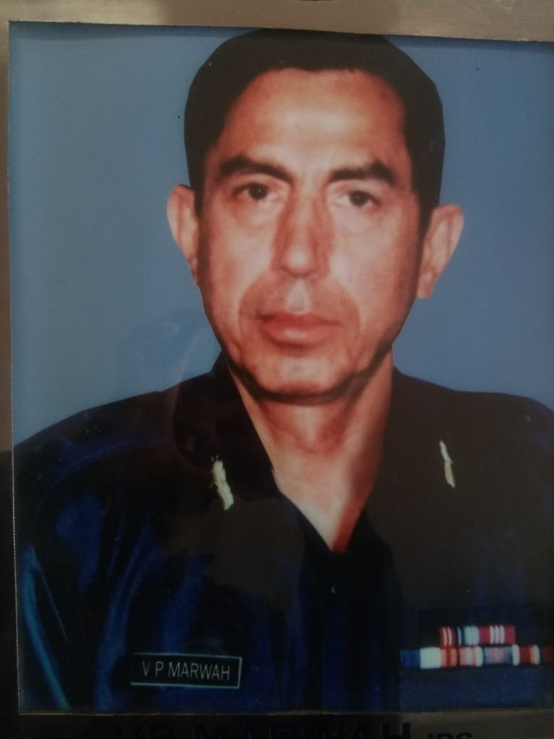 A legend passes away... Sh Ved Marwahs IPS (Retd ) passing away has deeply saddened every heart in NSG... Our generation inherited a great legacy from our fore-bearers and Shri Ved Marwah was one of them.