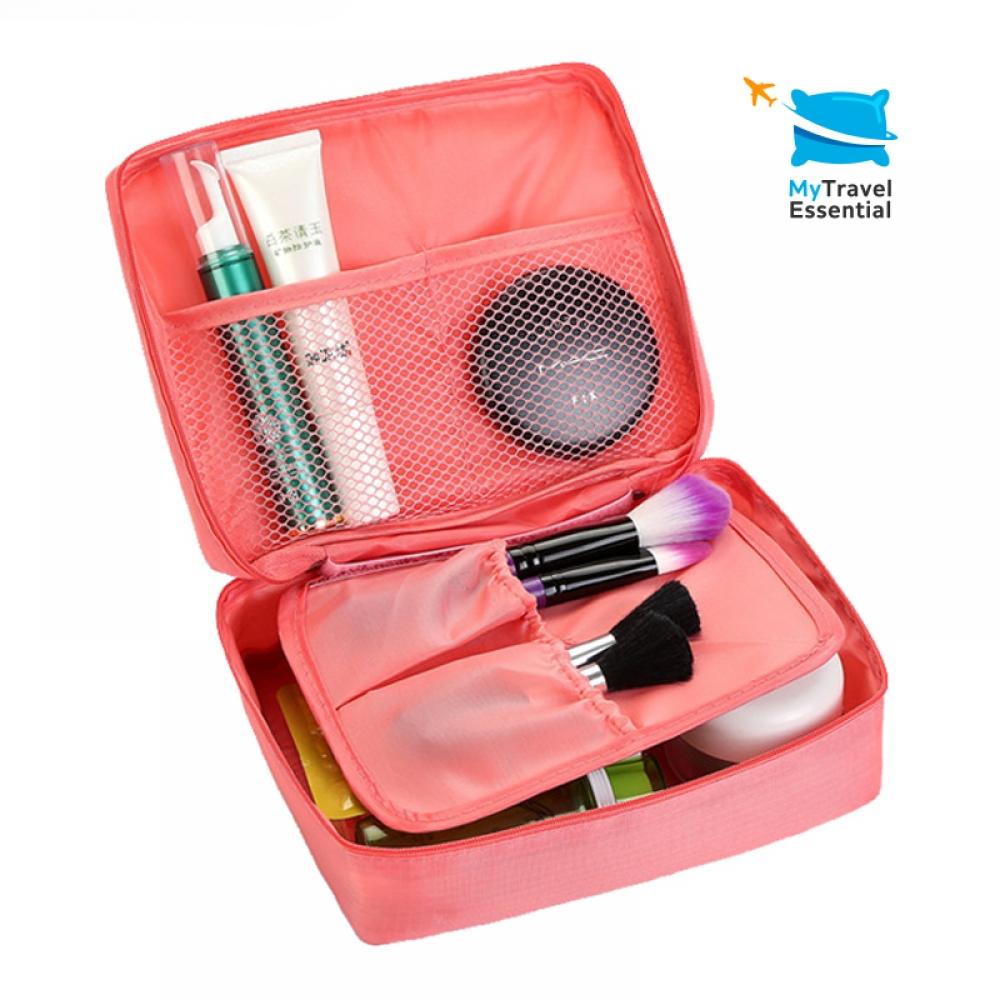 #fun #outdoors Travel Essential Bag Waterproof Case Organizer Toiletry Bags https://mytravelessential.com/travel-essential-bag-waterproof-case-organizer-toiletry-kits-bags/…pic.twitter.com/CLYQ8Pvt2E