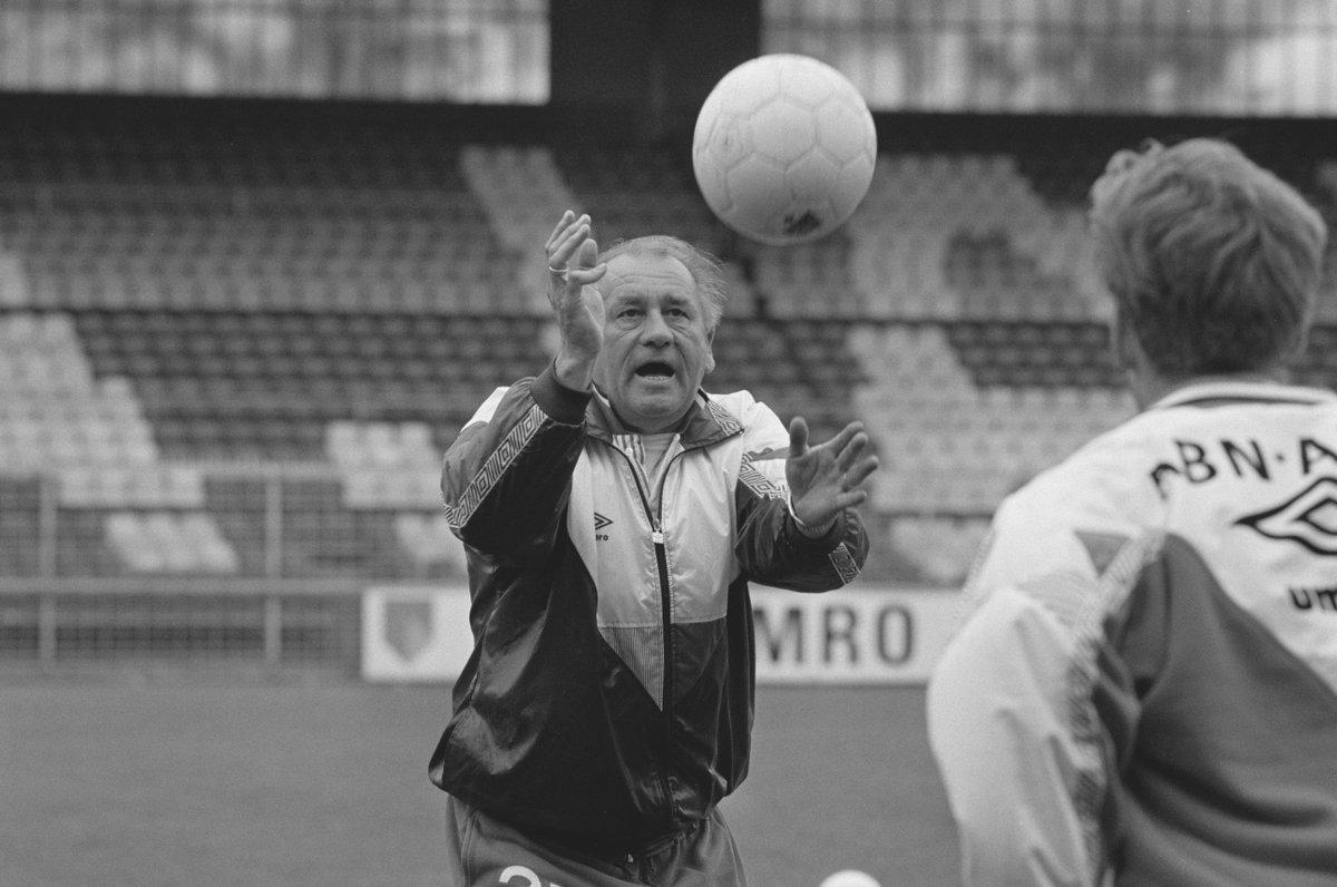 test Twitter Media - Vandaag 11 jaar geleden overleed Bobby Haarms.  De Goede Beul, voor altijd in ons hart. ♥️ https://t.co/R9M95vW8S4