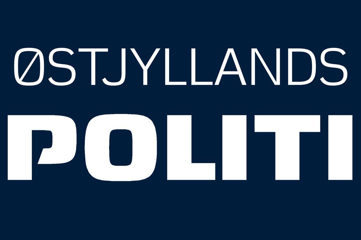"""Østjyllands Politi on Twitter: """"Under patruljering i Gellerup i nat kastede  personer sten mod en af vores patruljebiler og knuste en frontrude.  Heldigvis blev ingen ramt. Vi fik ikke fat i gerningsmændene"""