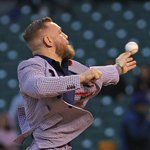Conor McGregor throws first pitch, sings seventh inning stretch at Cubs game — both are questionable https://t.co/l4nTMFSIJx #Cubsessed #iamCubsessed #ChicagoCubs