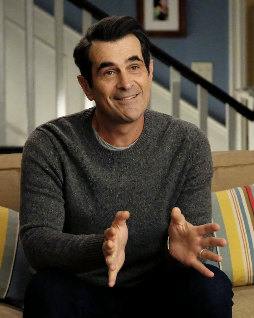 Phil Dunphy (Modern Family) x Klaus Hargreeves (Umbrella Academy) https://t.co/jmQH338iI3