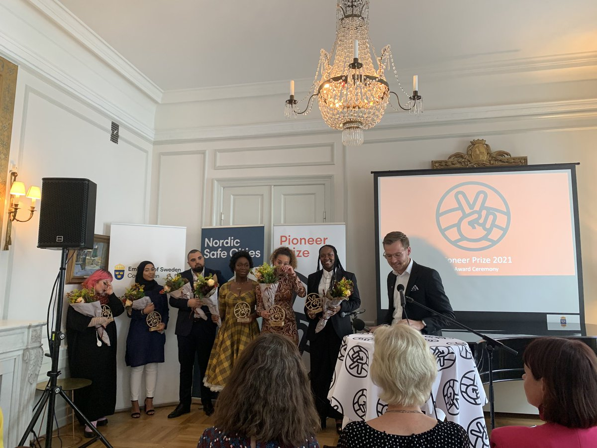 👏 Congratulations to all the winners of the #PioneerPrize, awarded to Nordic youths creating more tolerant, inclusive, and safe communities in the Nordics.  Hosted by @NordicSafeCity, watch here: https://t.co/4hFCwlc49C https://t.co/e83pnME3YR