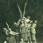 Image for the Tweet beginning: Members of Anna Pavlova's ballet