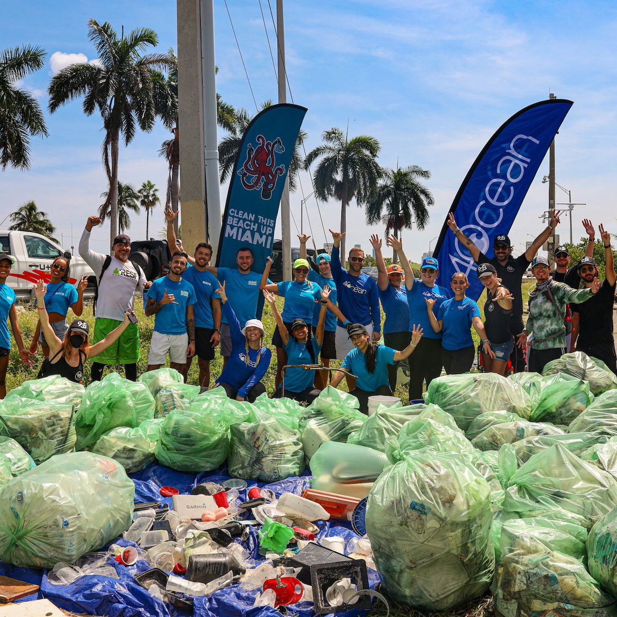 International Coastal Cleanup Day 2021 was a HUGE success! In Florida, 4ocean joined Clean This Beach Up for a cleanup in Miami. With 126 volunteers we were able to recover 1,375 pounds of trash, most of which comes from the port and construction sites on the water.