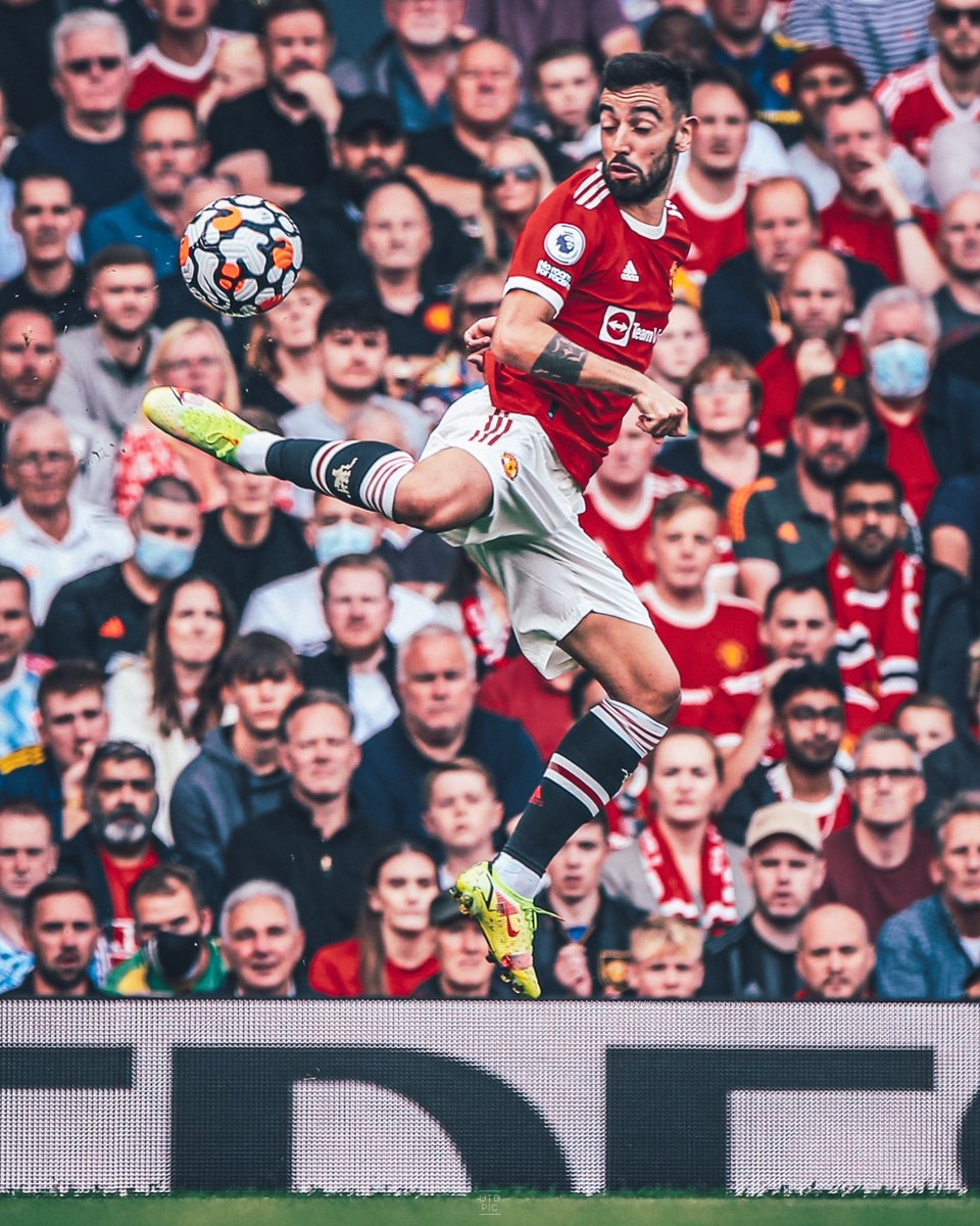 𝗕𝗿𝘂𝗻𝗼 𝗙𝗲𝗿𝗻𝗮𝗻𝗱𝗲𝘀 in the Premier League since February 2020:   56 ᴀᴘᴘᴇᴀʀᴀɴᴄᴇꜱ 30 ɢᴏᴀʟꜱ 19 ᴀꜱꜱɪꜱᴛꜱ  𝘖𝘶𝘳 𝘗𝘰𝘳𝘵𝘶𝘨𝘶𝘦𝘴𝘦 𝘮𝘢𝘨𝘯𝘪𝘧𝘪𝘤𝘰 🇵🇹