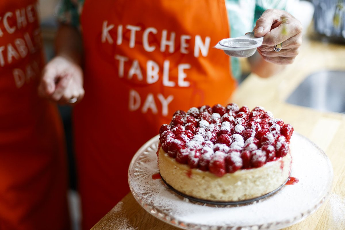 Now that @BritishBakeOff is back, find inspiration and get some tips for #KitchenTableDay #GBBO Bake a difference on Friday 5 November, or whenever works for you to support people with cancer 🧡 Read more and sign up for your free fundraising pack 👉 maggies.org/get-involved/f…
