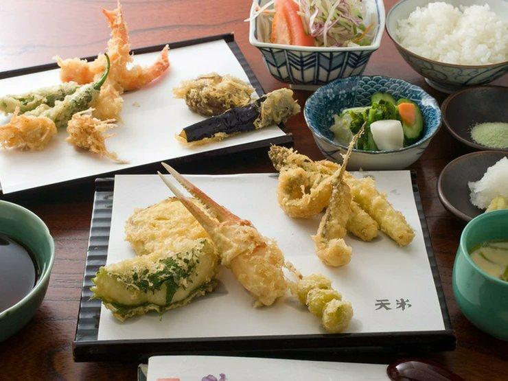 本格的な天ぷらを低料金でゆったりとした空間で味わっていただけます天米富山県高岡市清水町3丁目
