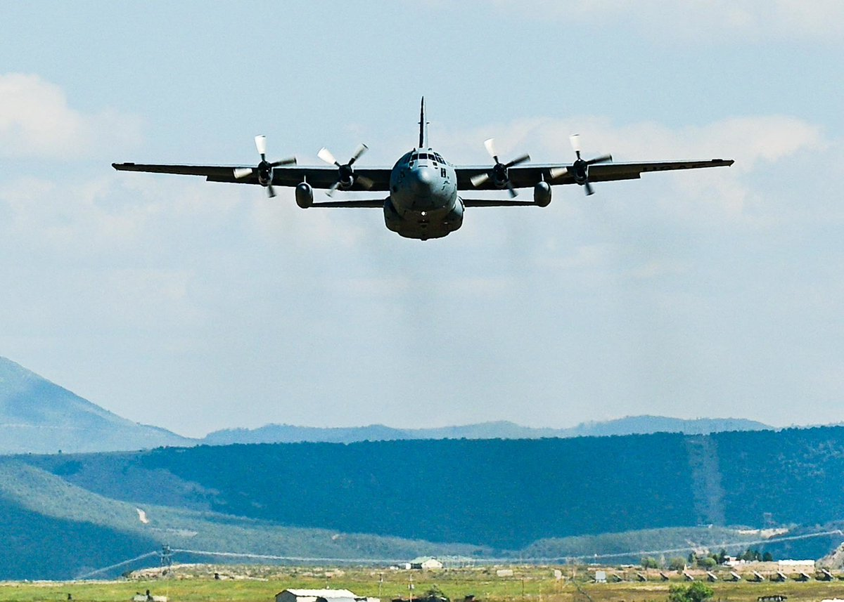 That's a wrap! This past week, units participating in the #RitR21 exercise used a highway as a runway, landing a C-130J Super Hercules. A-10 Thunderbolt IIs posed as enemy aircraft that aimed at intercepting their airdrops. #ReserveReady @22AF @913thAG @302AirliftWing