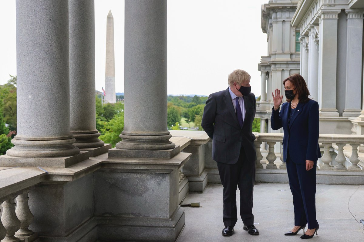 A pleasure to meet @VP Kamala Harris. The partnership between our two countries is absolutely vital as we #BuildBackBetter from the pandemic. 🇬🇧🇺🇸