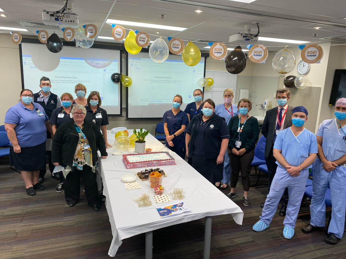 What a team! Here are the Princess Alexandra Hospital winners of the ANZHFR Australian Golden Hip 2021 Award for top performance in hip fracture care in the country. Congratulations @pahospital! @qldhealthnews