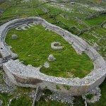 Image for the Tweet beginning: Dún Chonchúir #HillfortsWednesdayOn Inis Meáin