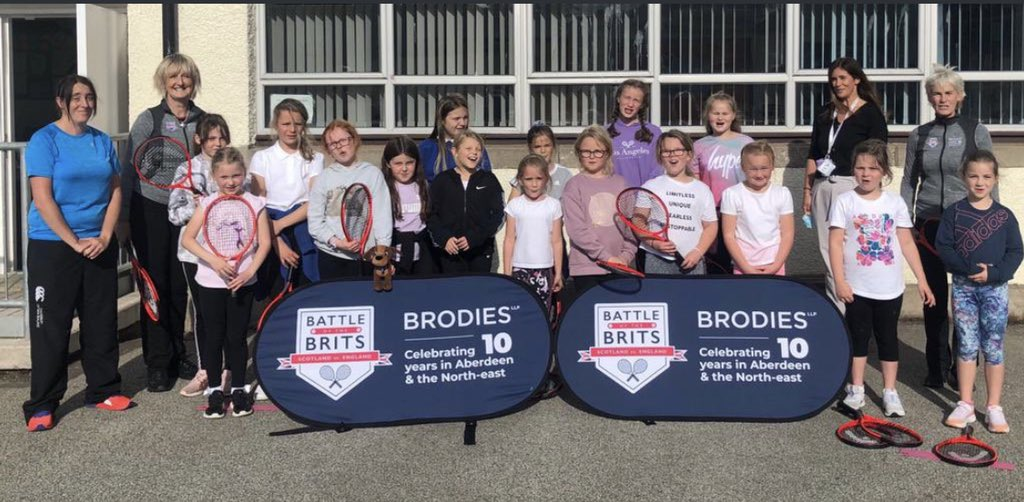 Fantastic session working on developing leadership and basic tennis skills with @BerviePS 🎾🏆#battleofthebrits @BrodiesLLP @AberdeenshirePE #active #development