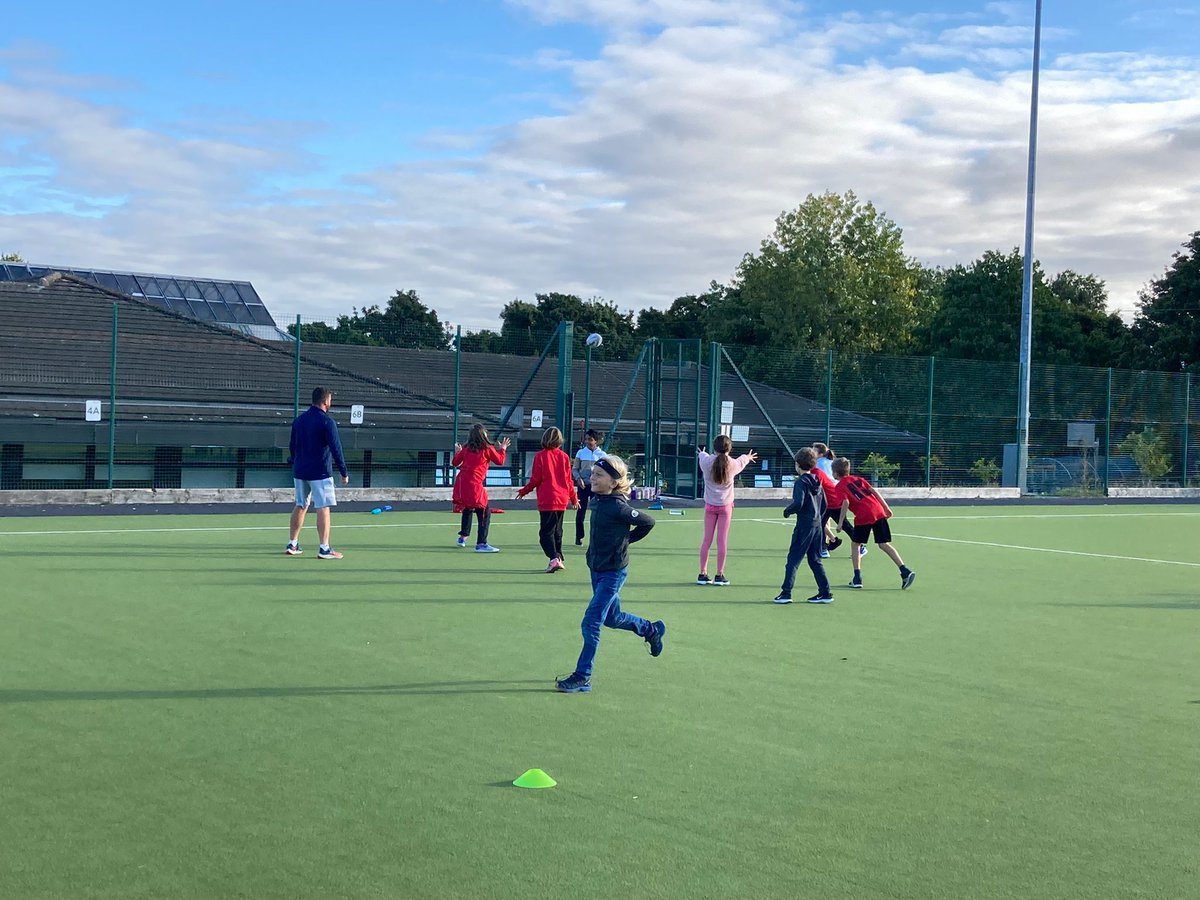 test Twitter Media - St Kilian's Primary School enjoying some wonderful rugby coaching by Andrew from Leinster Rugby @OldWesleyCCRO https://t.co/cwwF3QBZtH