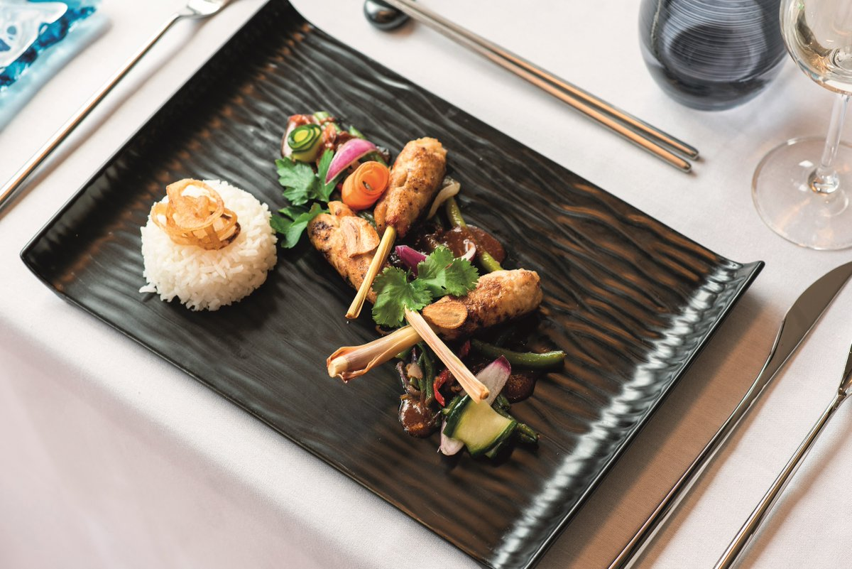 For delicious Asian Fusion flavours, #Bolette & #Borealis host new specialty dining restaurant Colours & Tastes. Dishes include spiced grilled meats, seafood, gyozas, dim sum and sushi, as well as Chinese and Thai favourites #CLIACruiseWeek @FredOlsenCruise https://t.co/lzWYab1V44