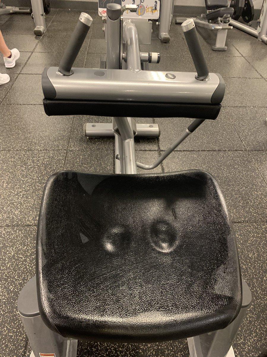 RT @thejeffvibbert: Nicki Minaj's cousin goes to the same gym as me !? https://t.co/7voPNxeRD8