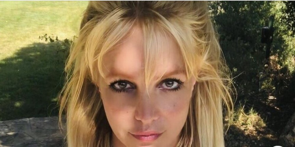 Netflix releases full trailer for explosive new Britney Spears documentary. mirror.co.uk/tv/tv-news/net…