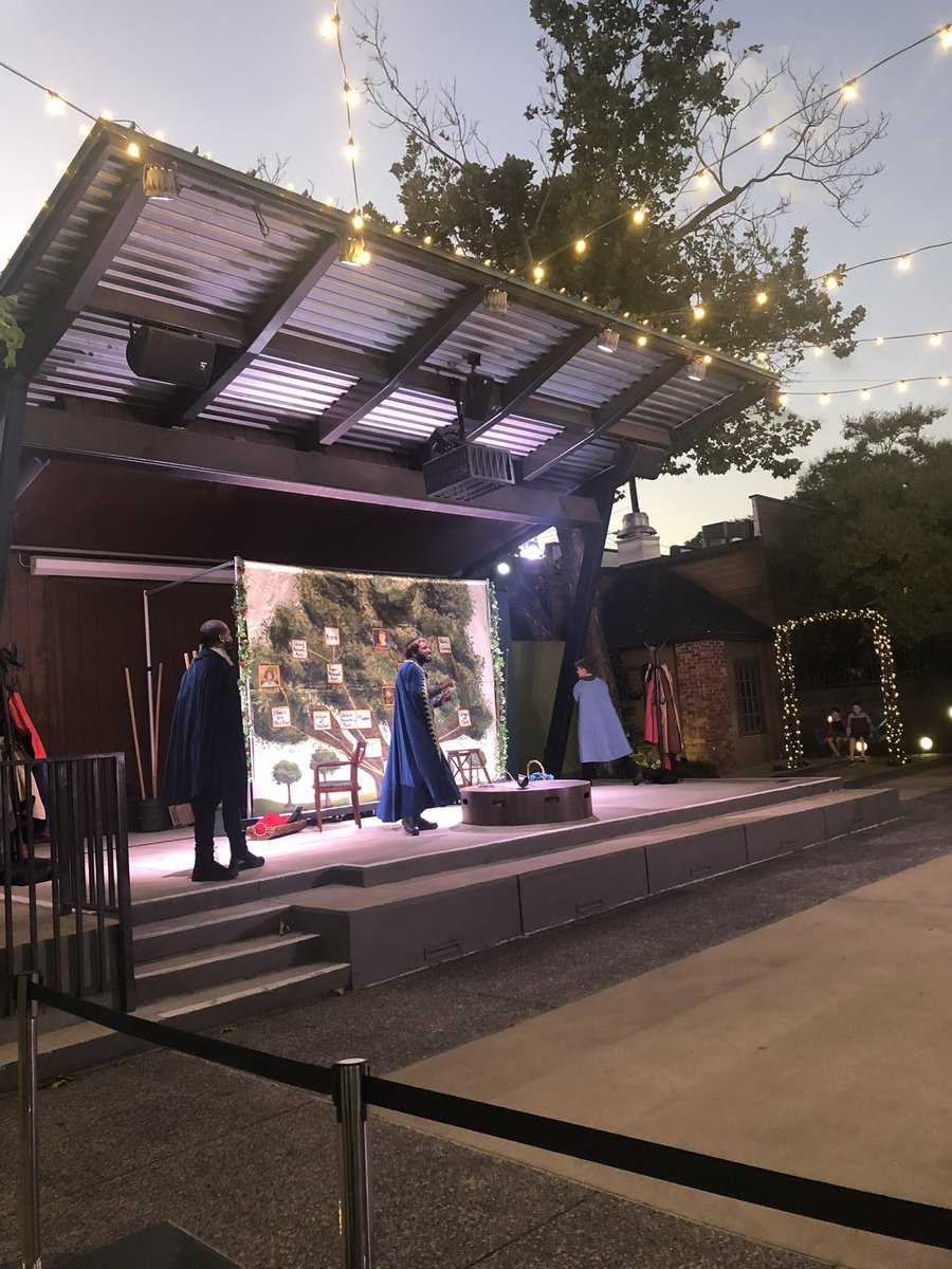 We've got @tnshakespeare performing live in Chimes Square!