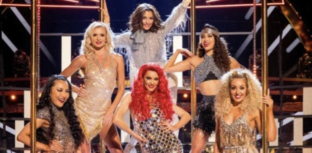 Strictly's unvaccinated dancers 'would rather quit than get the jab'. mirror.co.uk/tv/tv-news/str…