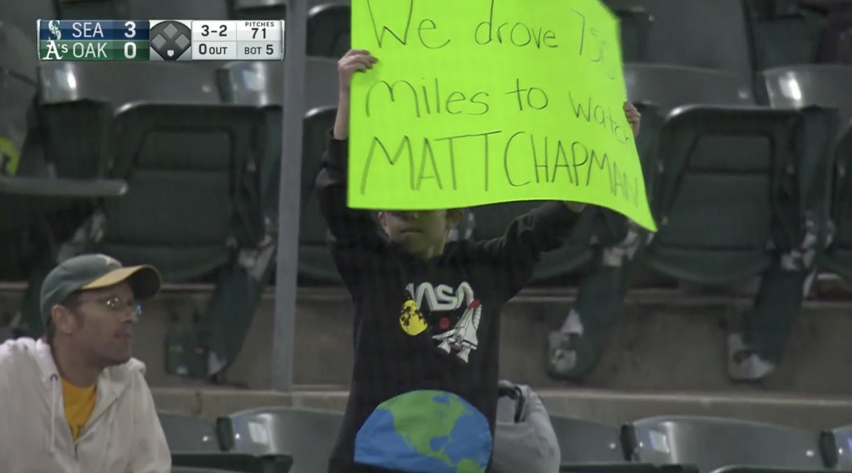 So the @NBCSAthletics broadcast showed this kid, and then Matt Chapman homered!!!! Baseball is the best (says: We drove 750 miles to watch Matt Chapman)