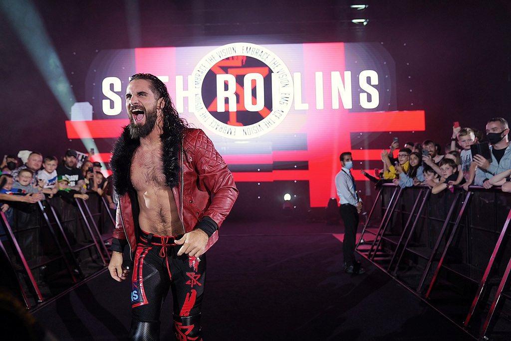 Le Visionnaire !   @wwerollins a enflammé #WWEGlasgow! https://t.co/sYwjiSDnlP