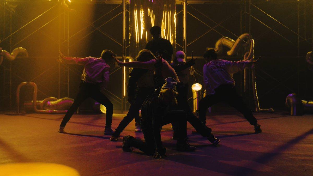 Stray KidsJAPAN 2nd Single『Scars / ソリクン -Japanese ver.-』2021.10.13Stray Kids『ソリクン-Japanese ver.-』Performance Music Video#StrayKids#スキズ#JAPAN_2nd_Single#ソリクン