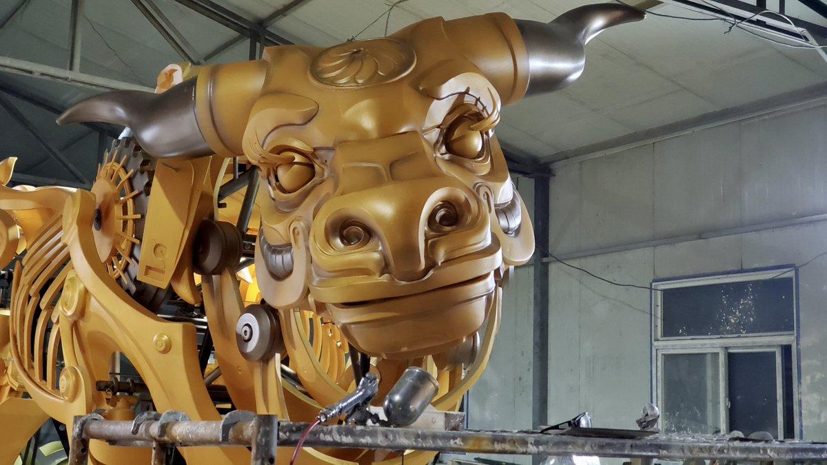 【Betop Japan製作】『金牛』Golden Bull 目を閉じて微笑む。☺️🌞 Close eyes and smile.  #デザイン #アートワーク #スチームパンク #design #artwork #steampunk