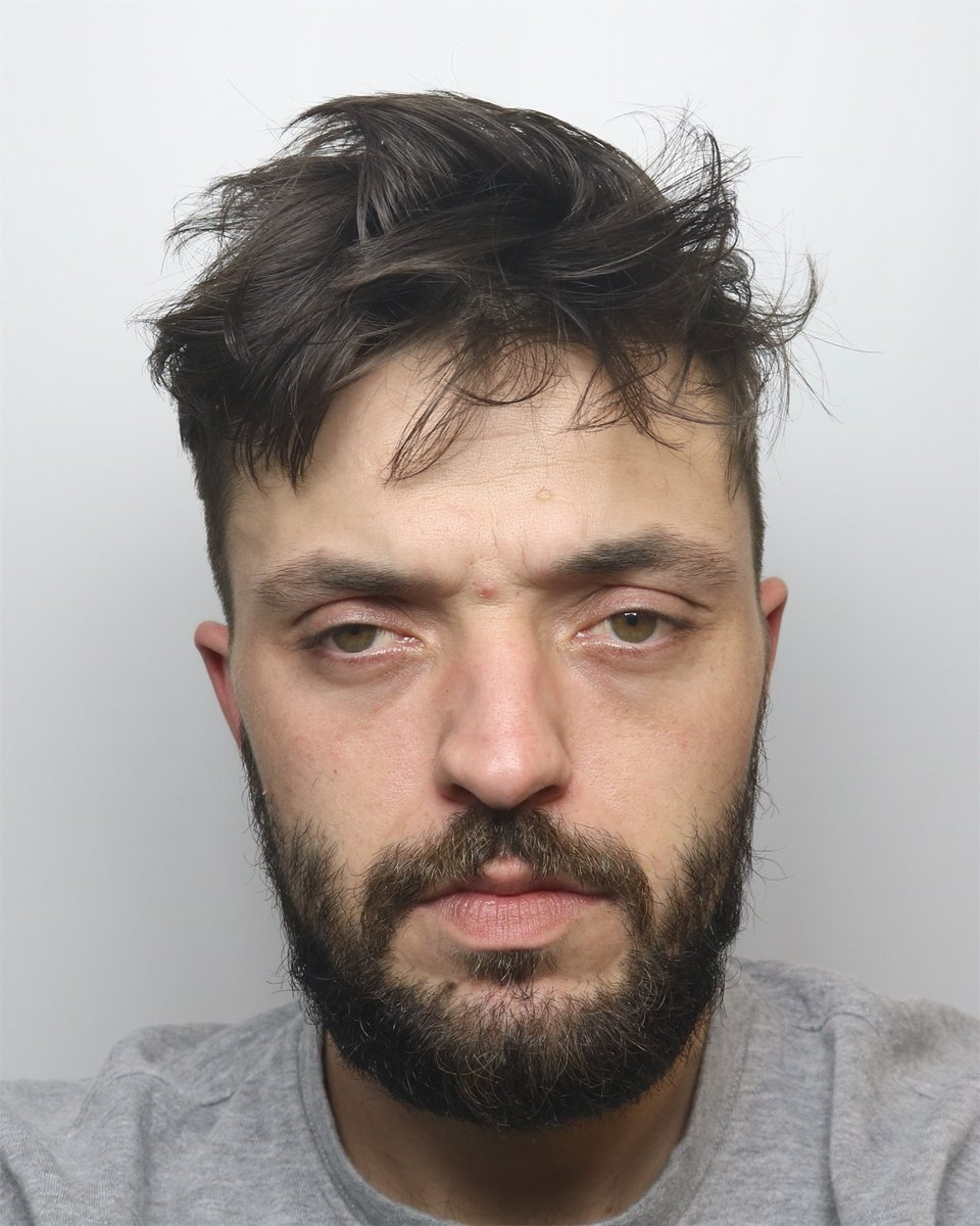 A Burton man has been jailed for 40 months after pleading guilty to drugs offences in the town. Kieron Bradwell, 28, of no fixed address, was sentenced at Stafford Crown Court yesterday (22 Sept) after admitting seven offences. Report here - orlo.uk/9Zxe0