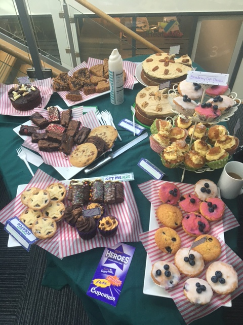 Fab cake at @parkhillbc @macmillancancer #MacmillanCoffeeMorning this fine Thursday #Wetherby 😃👍  Would simply be rude not to partake 😃  (Apols in advance @Sonia_Neary @Wellola who I have a call with shortly - I may be eating them!)  #DigitalHealth #NHS #Cancer #TheForgottenC