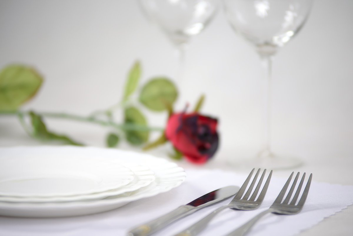 elegant tableware, rose, romantic