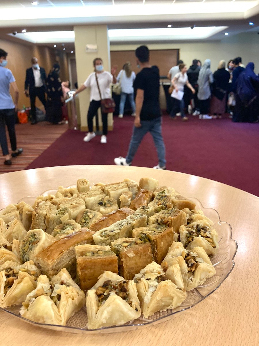 It's a privilege to be welcoming newly-arriving Afghan refugees into our community in West London this afternoon. We're greeting them with lots of treats, information in Farsi/Dari/Pashto, and smiles.