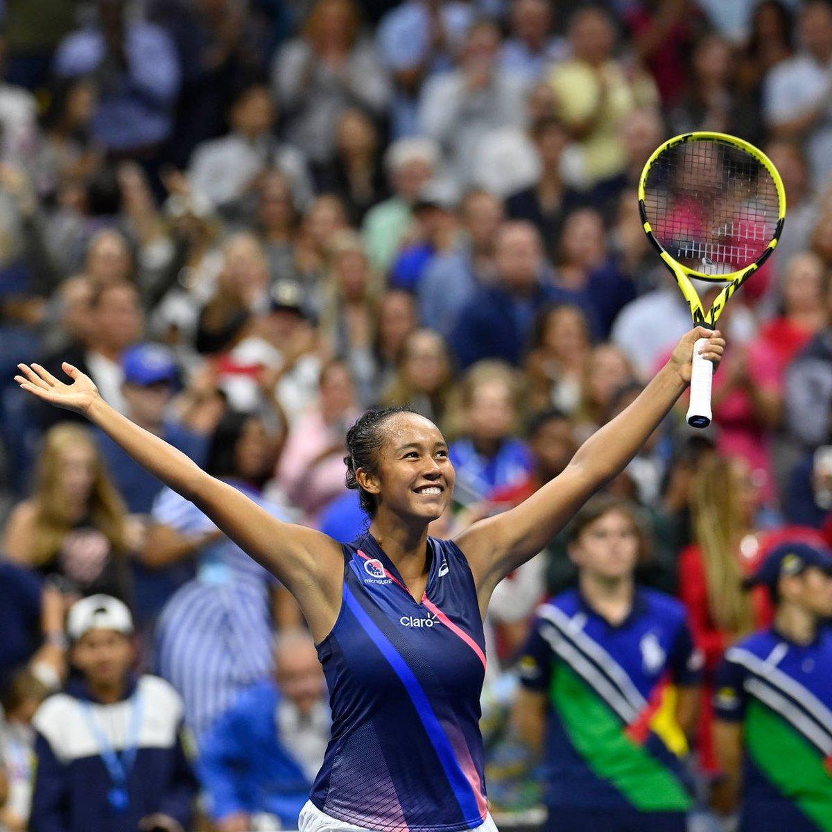 🥰 İyi haber: Amerika Açık finalinde 18 yaşındaki Emma Raducanu ve 19 yaşındaki Leylah Fernandez karşı karşıya gelecek. #USOpen 💔 Kötü haber: Yalnızca biri şampiyonluk kupasıyla evine dönecek.