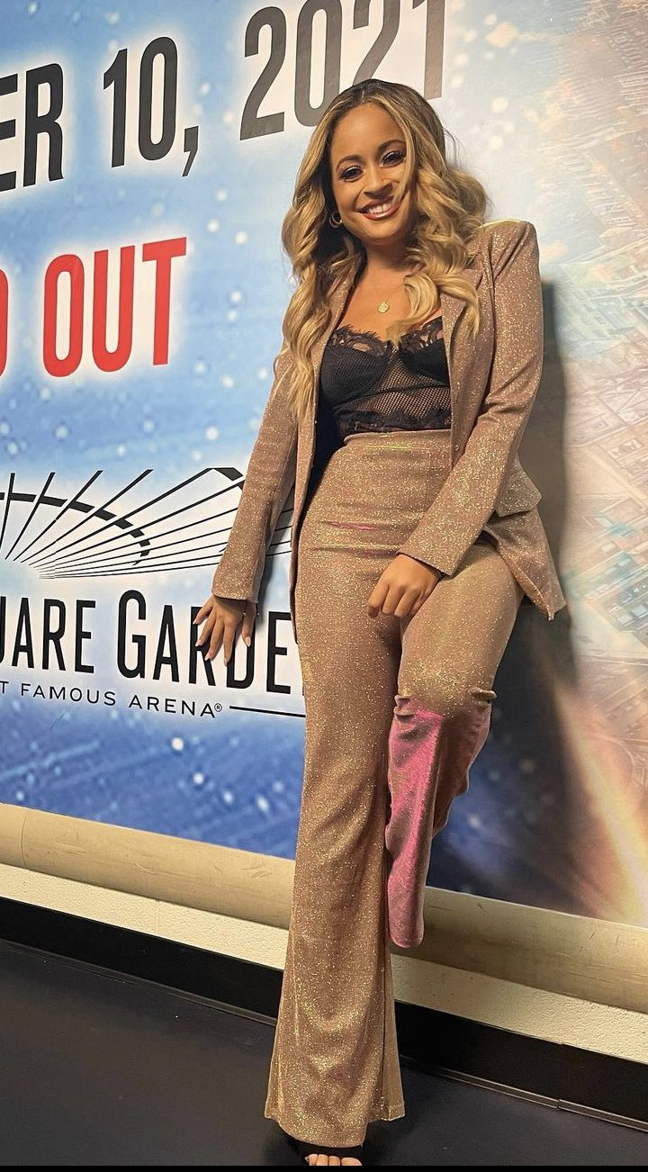 Photos: WWE Smackdown Superstars Show Off Outfits From MSG Appearance 50