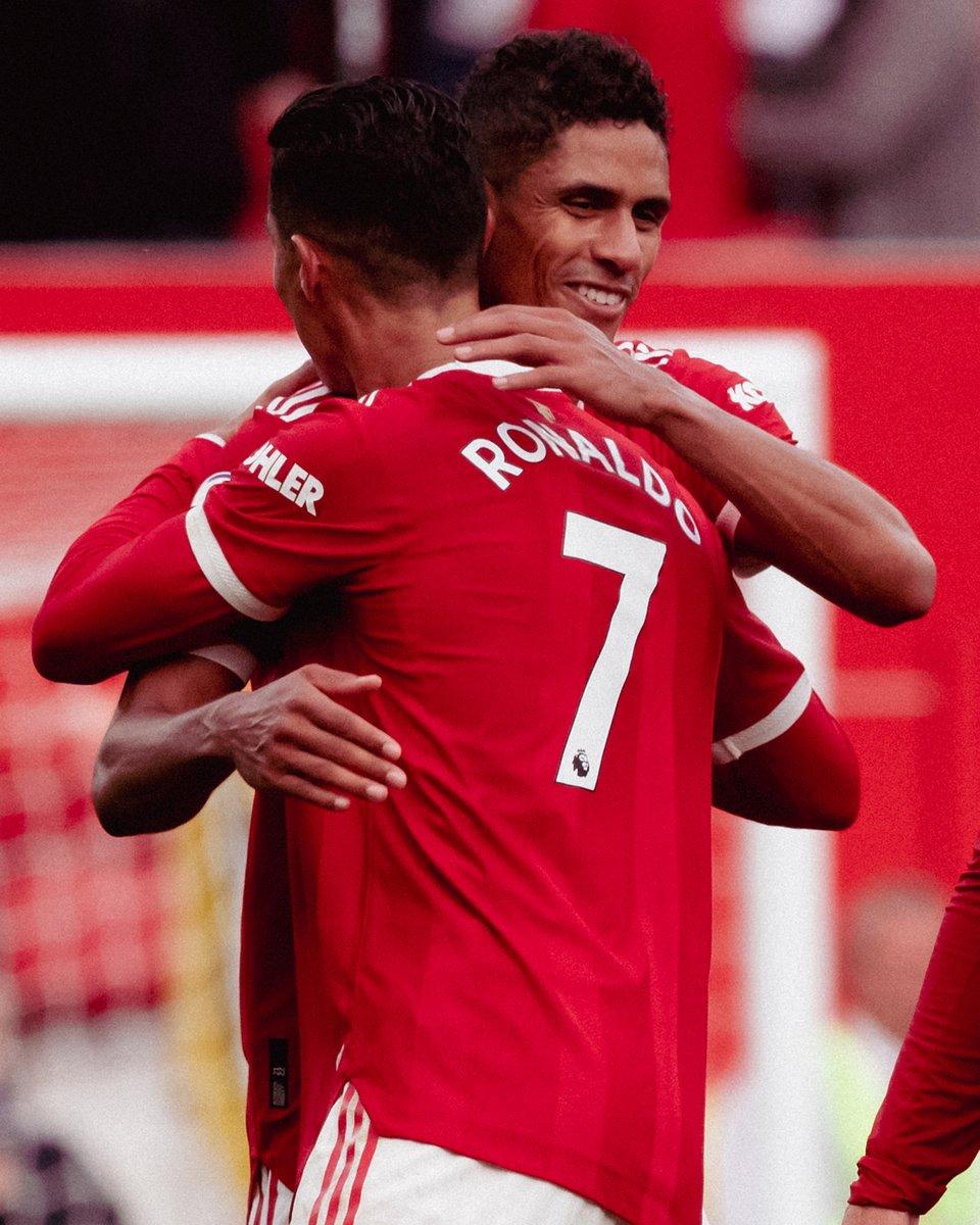 Big players step up on the big stage 👏 @Cristiano x @RaphaelVarane #MUFC | #MUNNEW