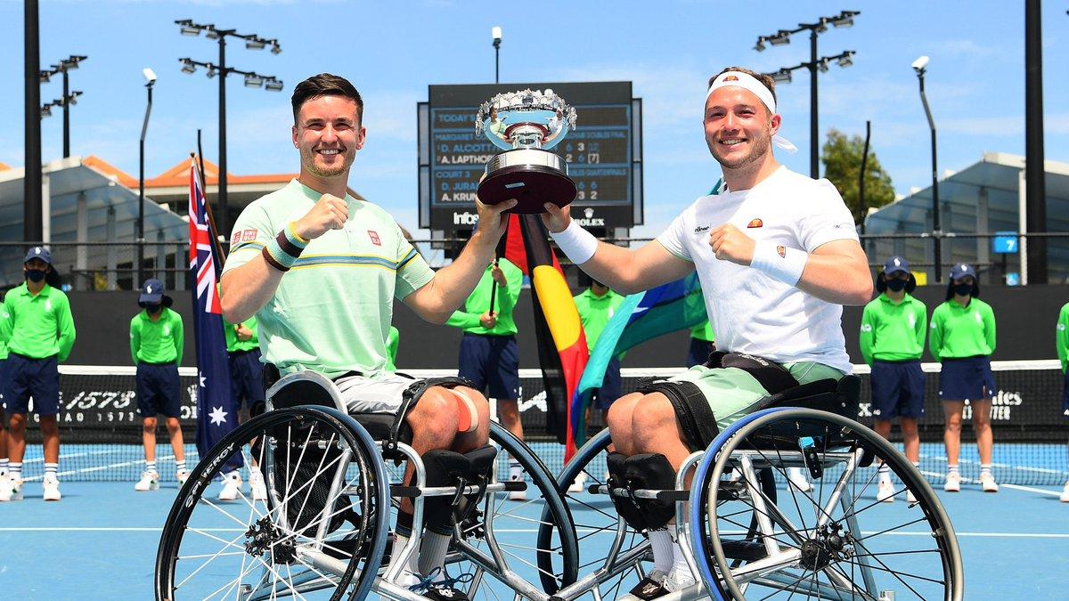 A 2021 to remember 🎾 @AustralianOpen 🇦🇺🏆 @rolandgarros 🇫🇷🏆 @Wimbledon 🇬🇧🏆 @usopen 🇺🇸🏆 Thanks for all the highs @GordonReid91 A year to cherish 💪🏼