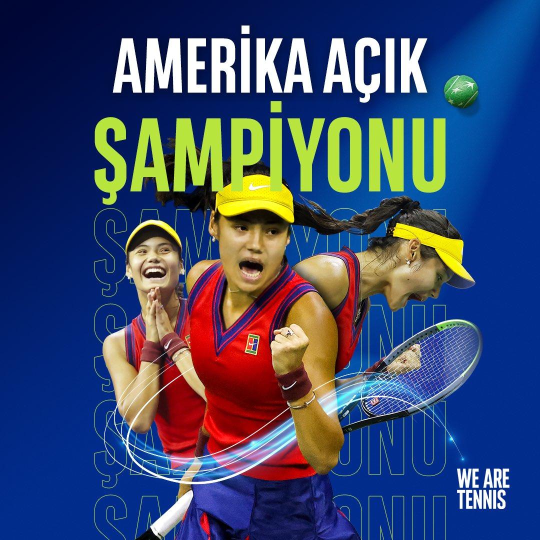 Tenis tarihinde bir ilk yaşandı! Leylah #Fernandez'i 6-4 ve 6-3'lük setlerle yenen 18 yaşındaki Emma #Raducanu, açık dönemde elemelerden gelerek Grand Slam şampiyonu olan ilk raket oldu 💚🏆🎾 #USOpen
