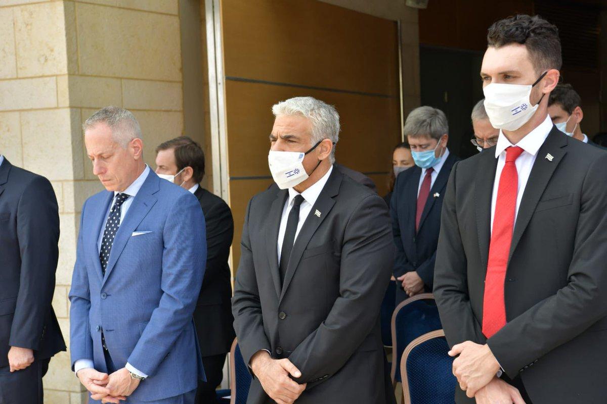 """وزير الخارجية لبيد للشعب """"ان هجوما عليكم هو هجوم علينا .نتشارك في قبم الحرية"""
