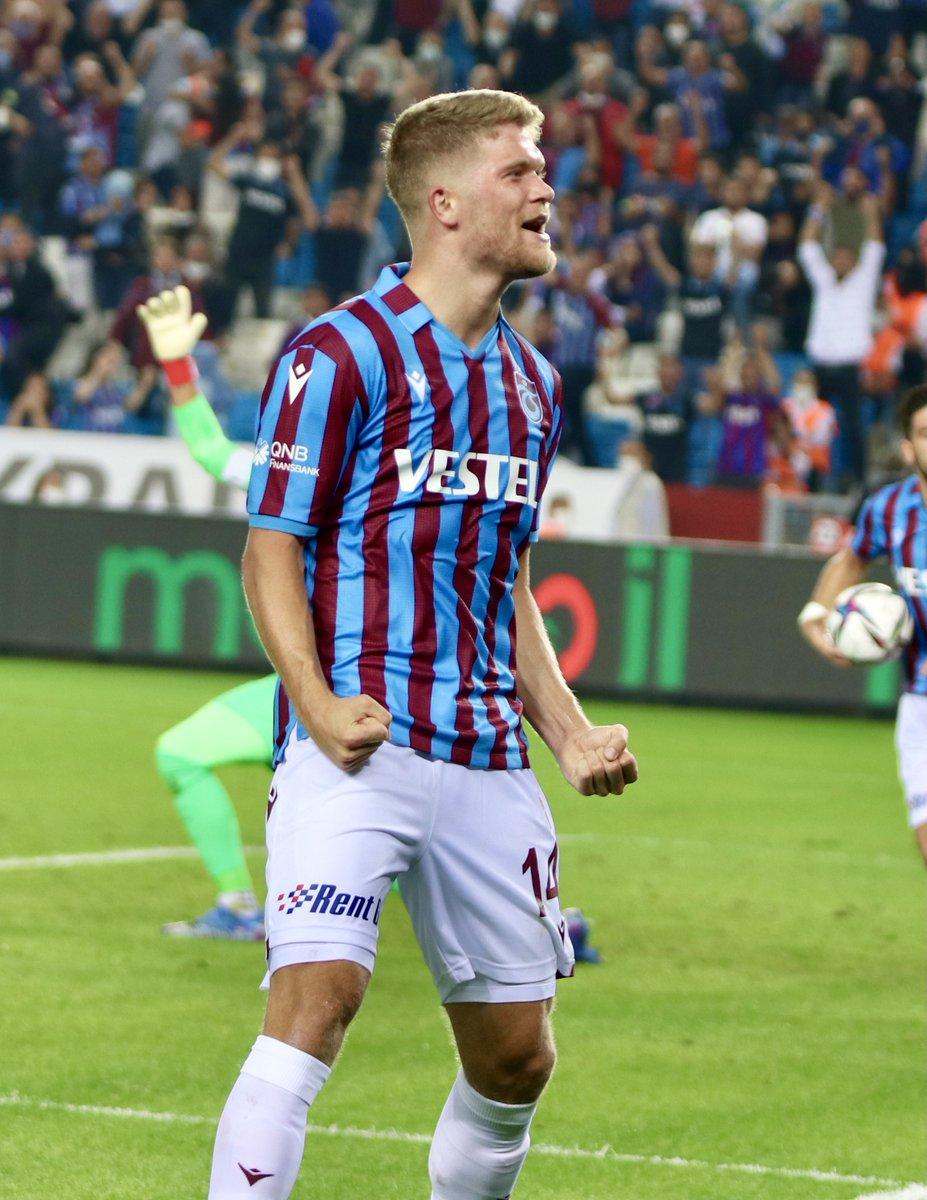 Andreas Cornelius: 'Gol attığım için mutluyum, geri dönebildiğimiz için daha mutluyum.'
