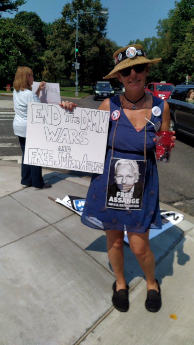 Today #DC British Embassy Stop Assange Extradition! @charlamanesbane #FreeAssangeNOW #DropAllCharges