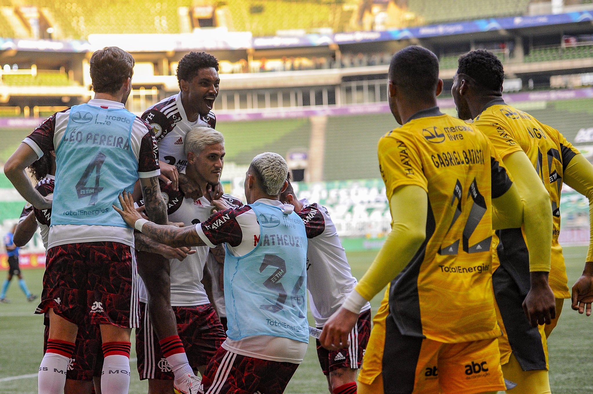 Não assistiu ao jogo? Leia aqui o resumo e ficha técnica da partida entre Palmeiras e Flamengo pelo Campeonato Brasileiro