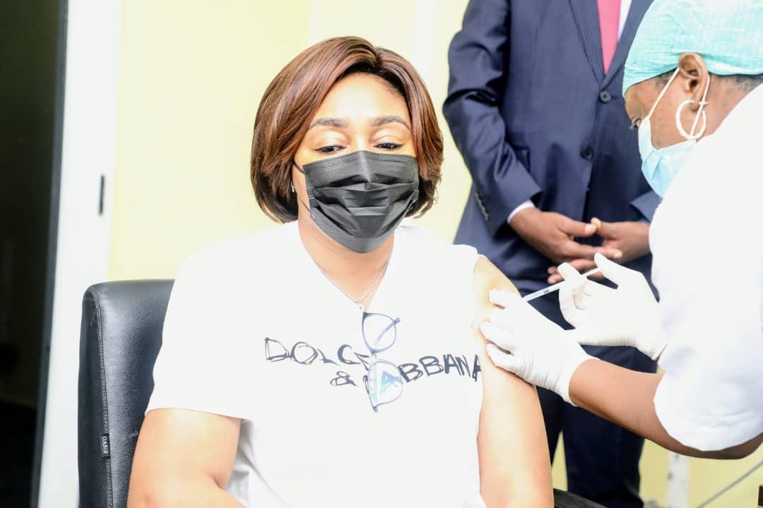 Denise Nyakeru vaccin