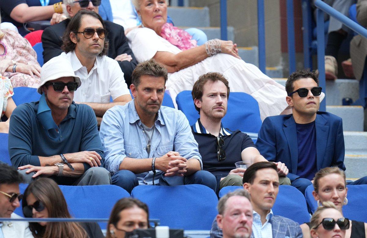 ⭐️ Brad Pitt, Bradley Cooper ve Rami Malek #USOpen finalini takip etti. 👀