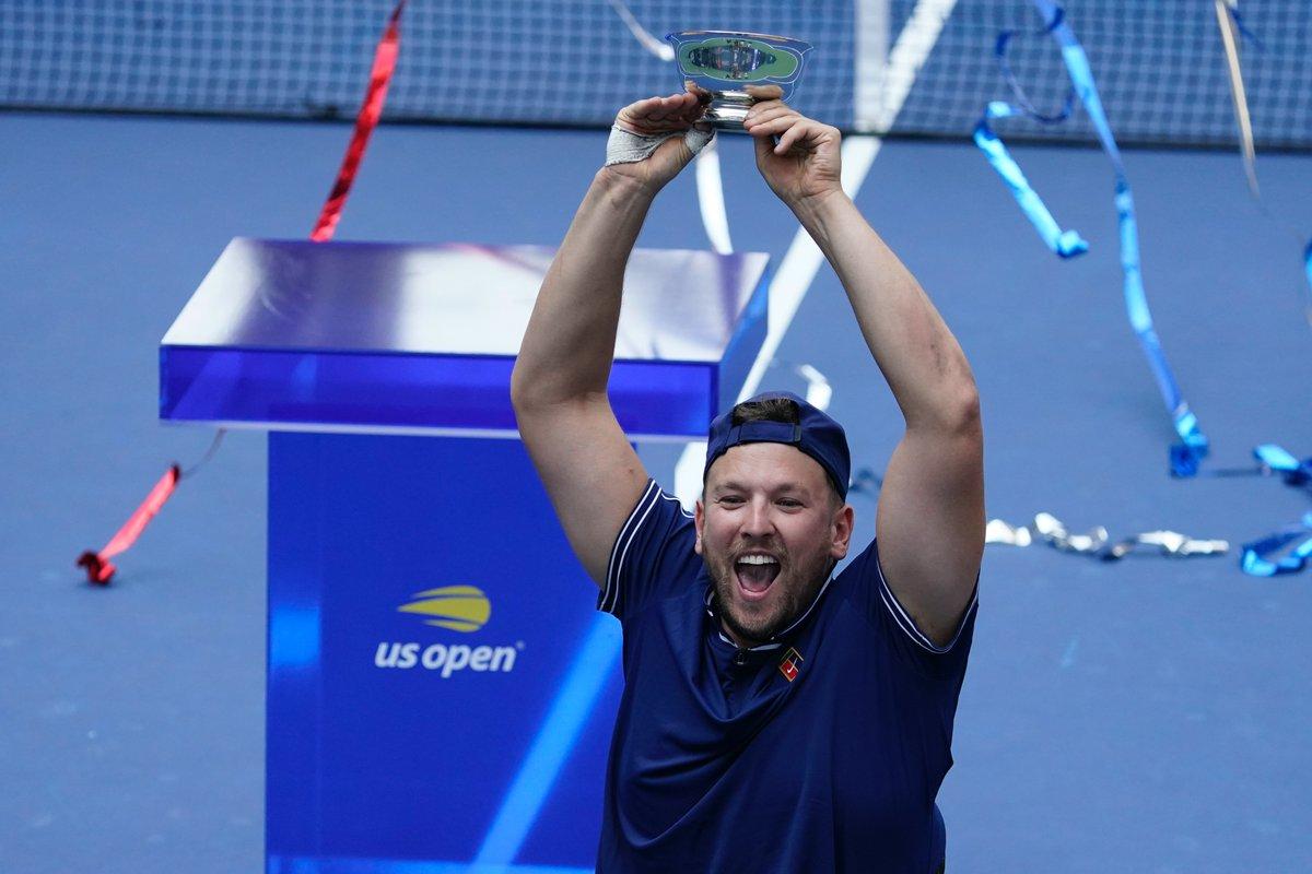 🏆 Avustralya Açık 🏆 Roland-Garros 🏆 Wimbledon 🥇 Olimpiyat Oyunları 🏆 Amerika Açık   👏 Alkışlar  'Altın Slam'i tamamlayan Diede de Groot ve Dylan Alcott için. 🎾 #USOpen