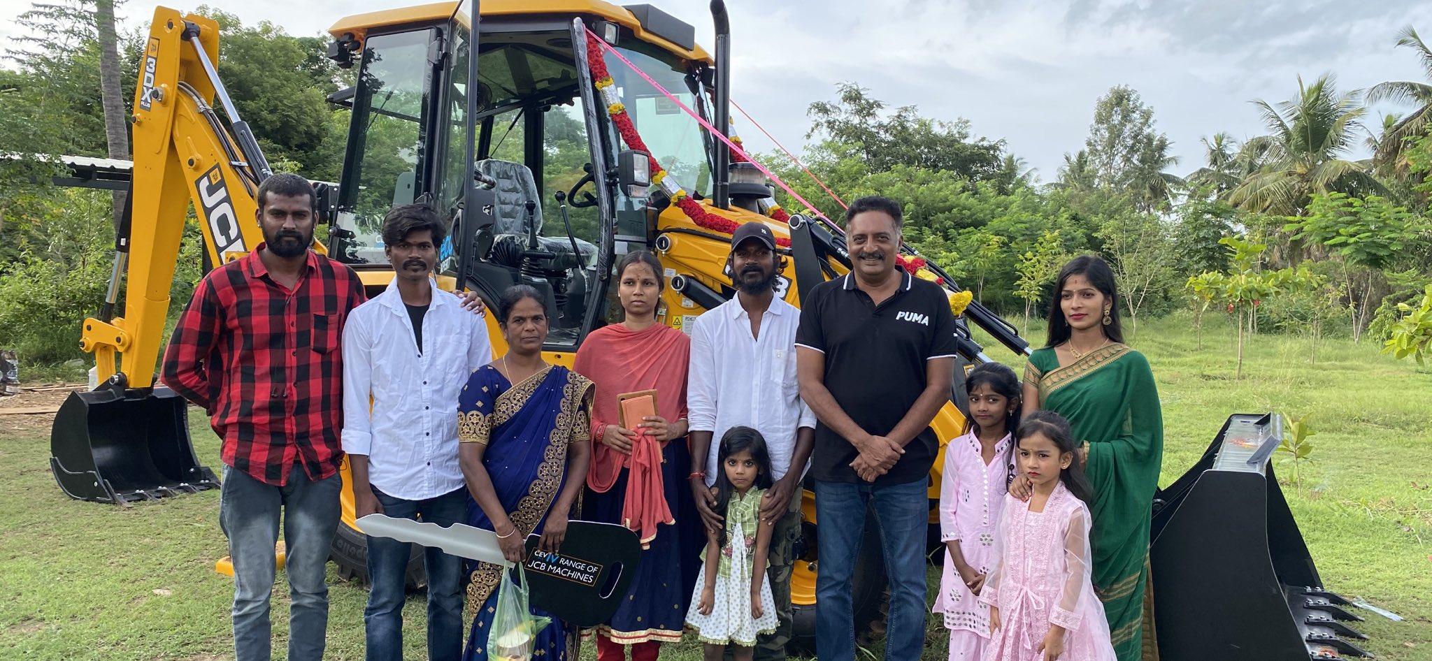 "Prakash Raj on Twitter: ""Empowering a family with a JCB near  srirangapatna.. Mysore. a #prakashrajfoundation initiative.. The joy of  giving back to life .. bliss… https://t.co/05L9Pl0BWy"""