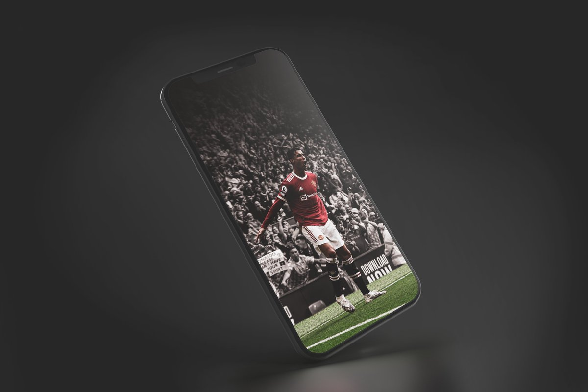 Vintage Ronaldo...  Ronaldo Lock Screen!  Support Appreciated!  #MUFC #RonaldoReturns