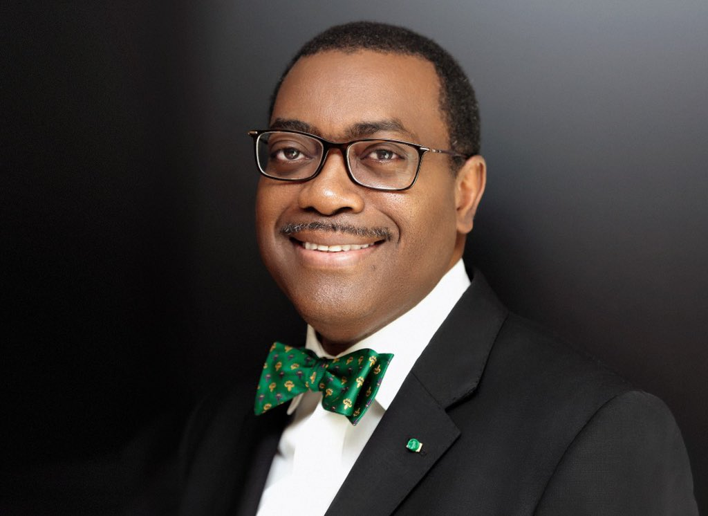 Bank President @akin_adesina received the Leadership Person of the Year award by Nigeria's Leadership Newspaper Group in recognition of his 'impeccable public service record & extra-ordinary accomplishments in driving the growth & development' of the Bank. bit.ly/3AbwqO6