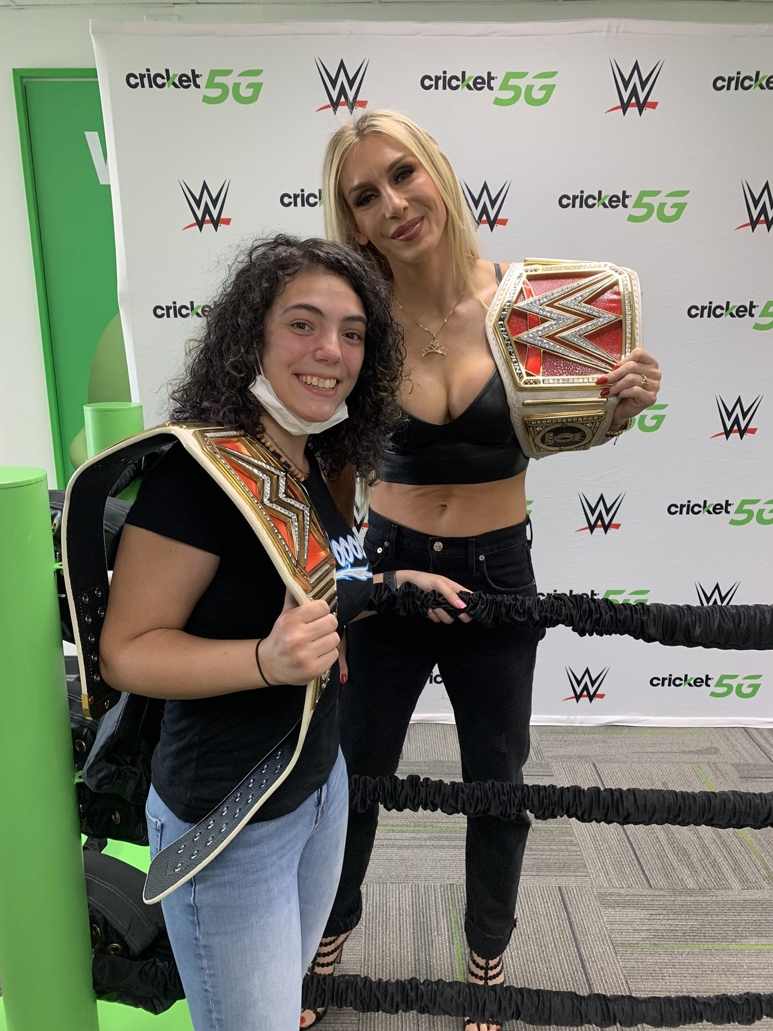 Charlotte Flair Shares Stunning Photos From WWE Raw Attendance 143