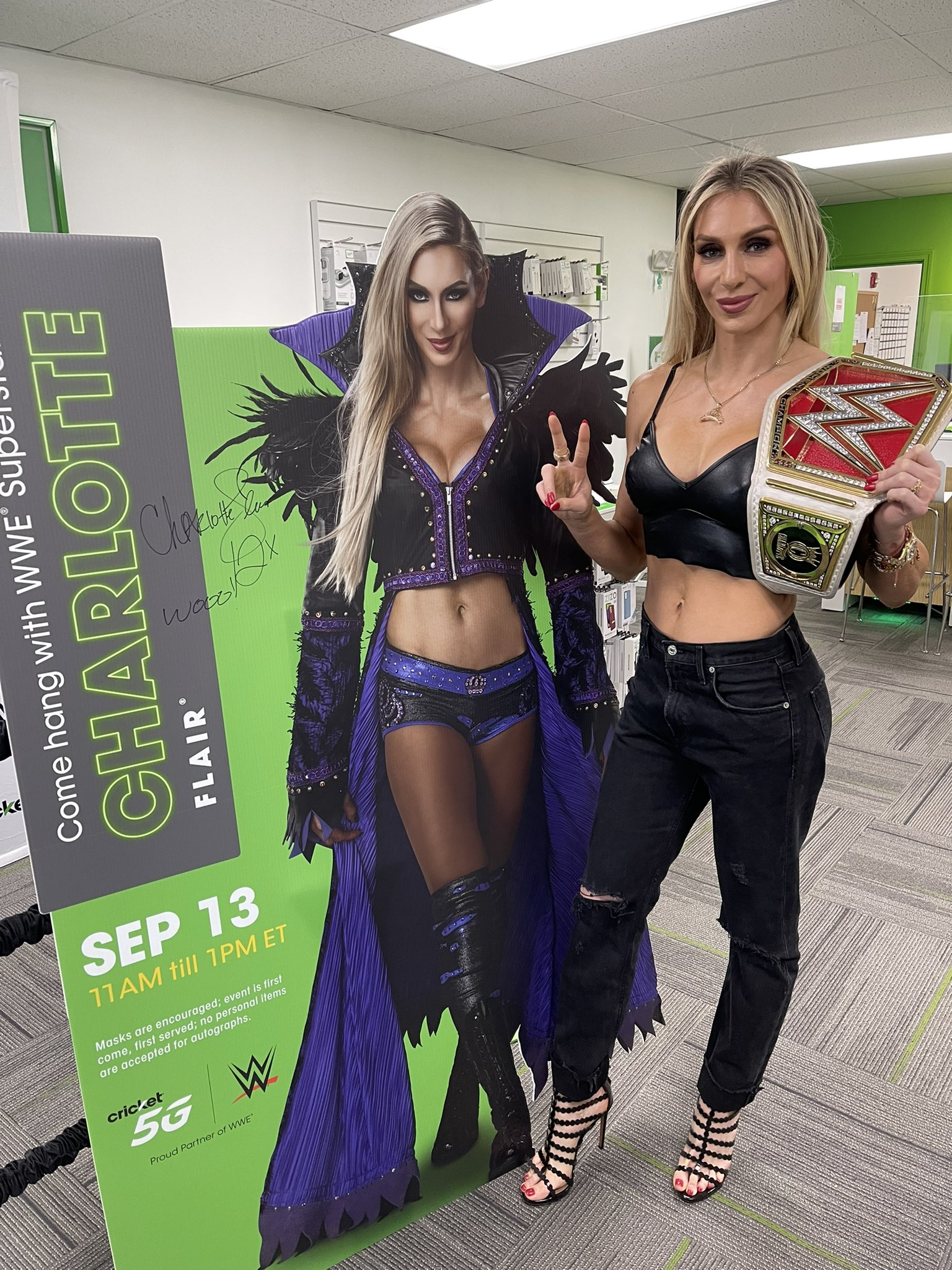 Charlotte Flair Shares Stunning Photos From WWE Raw Attendance 145